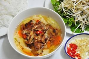 cách làm ướp thịt heo nướng dành cho món bún chả cơm tấm thơm ngon tại nhà phần 2