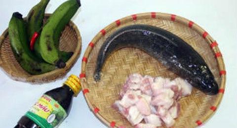 cách nấu cá kho chuối xanh ngon tuyệt phần 1