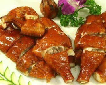 Cách làm gà quay tiêu nước dừa ngon da giòn bằng lò vi sóng mà không cần lò nướng phần 2
