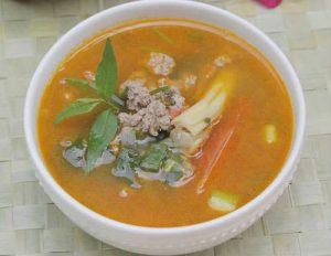 Miến Phú Hương nấu thịt bò cho bữa sáng ngon miệng