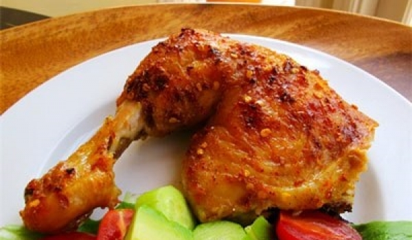 Thơm ngon với gà nướng muối ớt.
