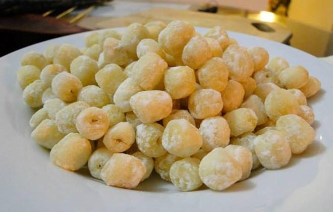 cách làm món mứt hạt sen tươi ngon, ăn một lần nhớ mãi