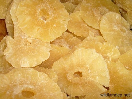 Cách làm món mứt thơm (dứa) khô dẻo nguyên miếng ngon vô đối