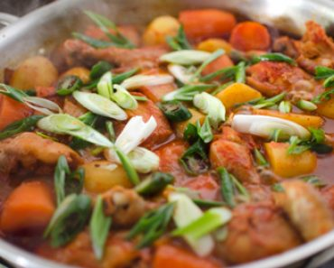 cách nấu món gà nấu rau củ cay thơm ngon ngất ngây