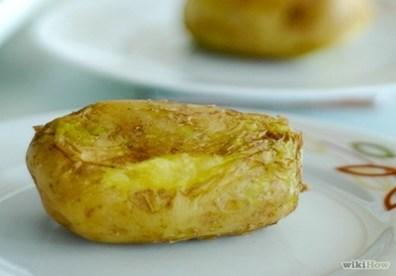 cách nướng khoai tây bằng lò vi sóng đơn giản nhất