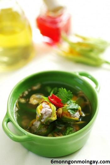 cách chế biến súp bông bí dinh dưỡng cho trẻ