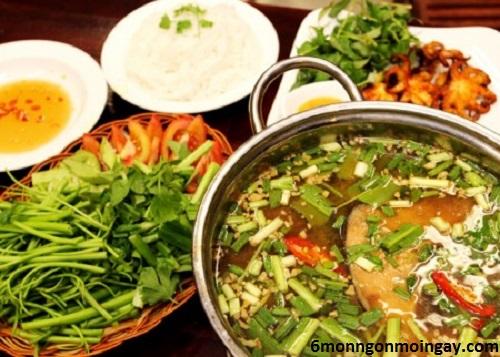 cách nấu lẩu cá bớp măng chua đặc sản vùng biển miền Trung