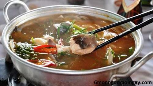 cách nấu lẩu cá lăng măng chua cực kỳ hấp dẫn