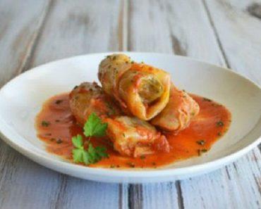 Cách làm bắp cải cuộn thịt sốt cà chua cho ngày cuối tuần