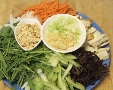Cách làm bún gạo xào chay không sợ tăng cân