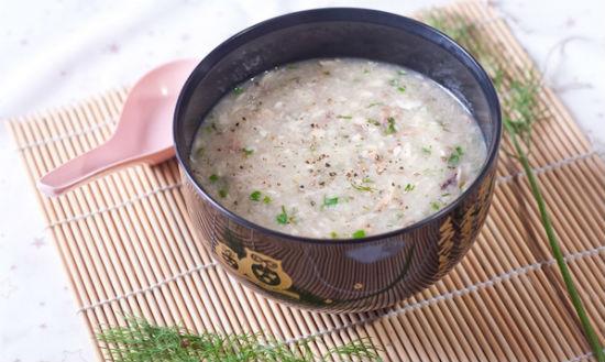 Cách làm cá chép hầm gạo nếp bổ dưỡng cho bà bầu