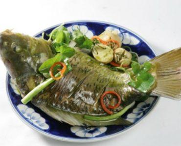 Cách làm cá chép hấp ngải cứu ngon bổ cực đơn giản