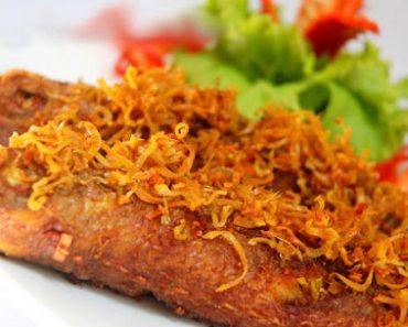 Cách làm cá hường chiên sả ớt cho bữa cơm thêm phong phú