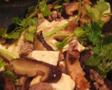 Cách làm đậu phụ xào nấm hương dẫn dã cực lôi cuốn