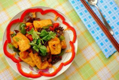 Cách làm đậu phụ xào ớt chuông mộc nhĩ hấp dẫn