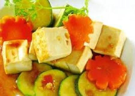 Cách làm đậu xốt bí ngòi thơm ngọt thanh mát