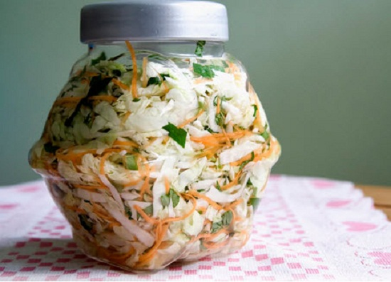 Cách làm dưa bắp cải muối chua thanh ăn là nghiền