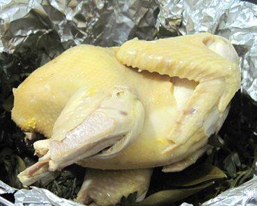Cách làm gà hấp muối mang hương vị đậm đà