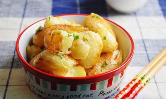 Cách làm khoai tây xào bùi ngọt cực đơn giản