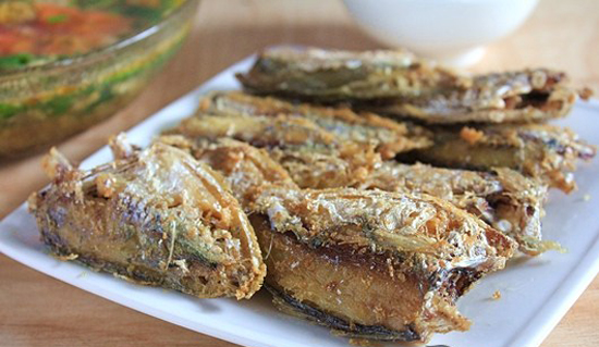 Cách làm món cá chỉ vàng ướp gừng rán giòn thơm hấp dẫn