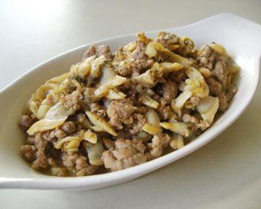 Cách làm ngao xào thịt băm đơn giản mà rất ngon