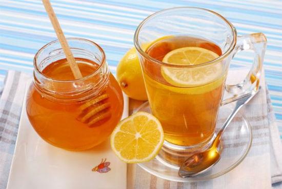 Cách làm nước chanh mật ong ấm lòng ngày đông