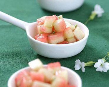 Cách làm salad dưa lạnh giòn ngon cực lạ miệng