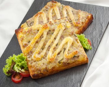 Cách làm sandwich nướng thịt băm cho bữa sáng dinh dưỡng