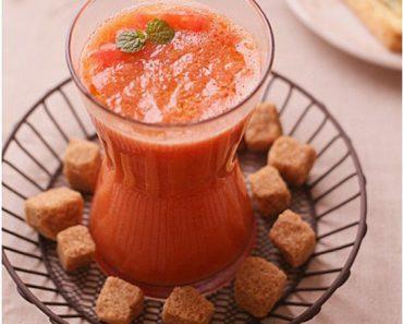 Cách làm sinh tố nha đam cà chua xua tan nắng hè
