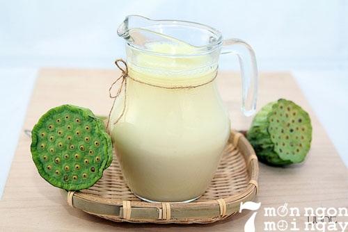 Cách làm sữa hạt sen vừa ngon vừa tốt cho sức khỏe - hình 1