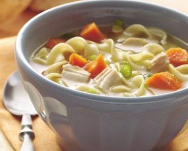 Cách làm súp gà mỳ ống đơn giản dinh dưỡng
