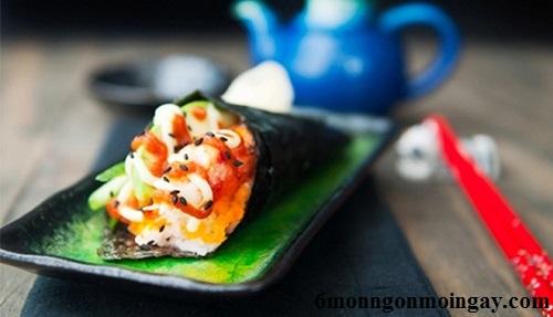 Cách làm sushi hình ốc quế độc đáo ngon chuẩn vị