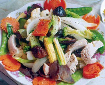 Cách làm thịt gà xào rau củ thập cẩm cho thực đơn bữa tối