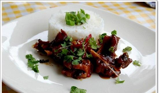Cách làm thịt heo ram cay hương vị ấm áp cho ngày đông
