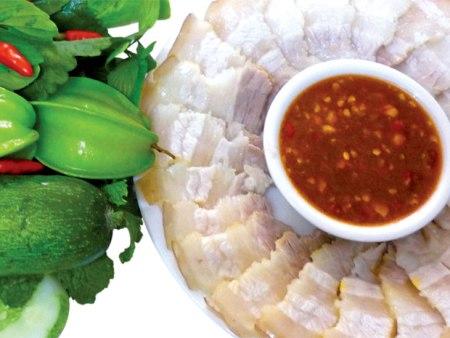 Cách làm thịt luộc chấm mắm tôm đơn giản mà rất ngon