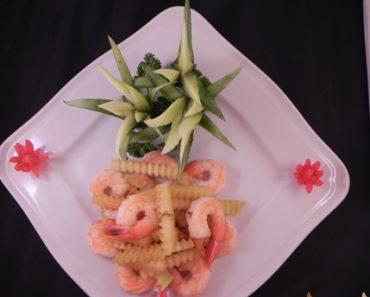 Cách làm vỏ dưa hấu xào hải sản ngon bổ và cực rẻ