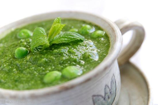 Cách nấu súp đậu tằm màu xanh nõn cực hấp dẫn