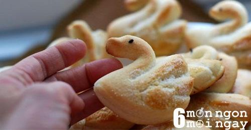 Cách làm bánh quy bơ hình thiên nga cực đáng yêu - hình 1
