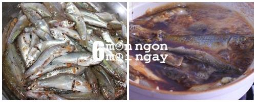 Cách nấu cá linh kho tiêu cực hao cơm - hình 3