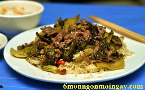 Cách chế biến cơm rang dưa bò siêu ngon cho bữa điểm tâm sáng