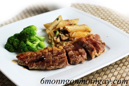 Cách chế biến bò bít tết sốt cùng BBQ ngon tuyệt vời cho mọi nhà