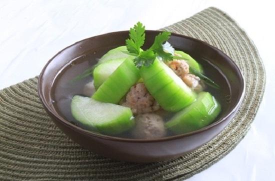 Cách nấu canh bí đao nấu thịt hình 1